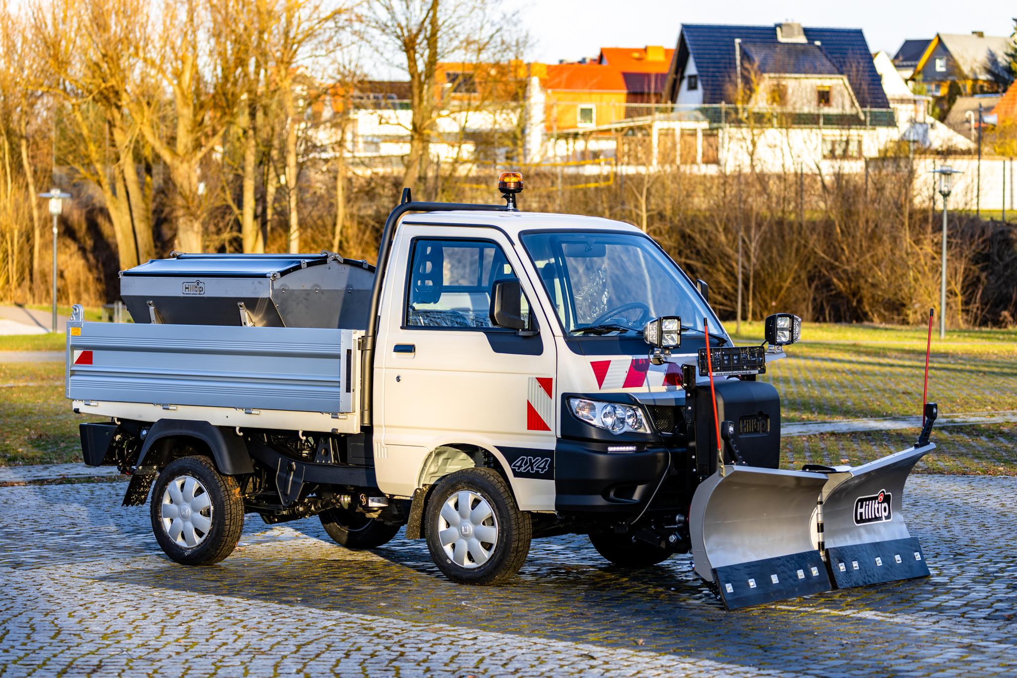 Hersteller Winterdienstfahrzeuge Piaggio Porter: Handel, Vertrieb, Lieferant - HWNtec Winterdienstfahrzeuge
